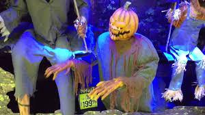 youtube spirit halloween 100 spirt halloween opening soon spirit halloween