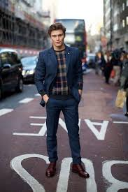 what to wear with red shoes the idle man
