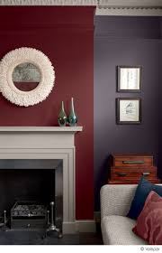 this mix of colors and textures makes for a cozy comfortable room