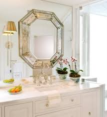 decorating bathroom mirrors to remove old mirrors and frame a