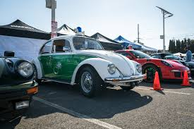 volkswagen santa aircraft meets air cooled concours at the museum of flying and