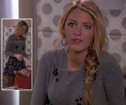 gossip girl earrings wornontv serena s grey sweater and skirt with pink earrings on