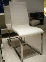 chaise cuir blanc 2 chaises cuir blanc vieilli alm la paire