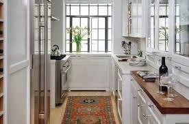 cuisine etroite comment aménager une cuisine étroite