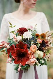 november seasonal flowers november wedding flowers wedding flowers in season chwv