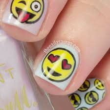 stamping emoji nail art with moyou geek 09 plate nail designs 2