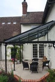 Glass Pergola Roof by The 25 Best Glass Porch Ideas On Pinterest Glass Conservatory