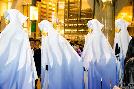 halloween eve in japan 150 halloween costume pictures in shibuya