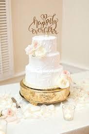 wedding cake holder gold cake pedestal traditional wedding in gold wedding