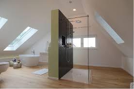 badezimmer dachschrge badezimmer mit dachschräge 9 tipps für dusche badewanne