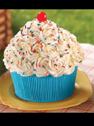 giant cupcake awesomeness cute foods and drinks pinterest