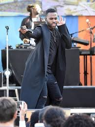 jason derulo performing lions halftime show