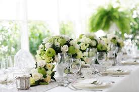 weddings centerpiece ideas with jasmine flower arrangements for