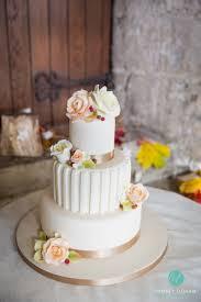 wedding cake leeds wedding photographers in leeds west wedding