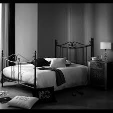 chambre gris et noir besoin d idée pour une chambre noir blanc