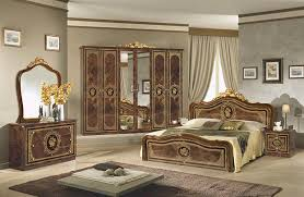 Italian Furniture Bedroom Sets Walnut Classic Italian Bedroom Set And Suite With Upholstered