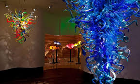Chihuly Glass Chandelier Stolen Dale Chihuly Sculpture Recovered Artnet News