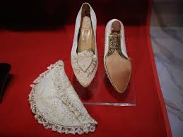 diana shoes the and fashion of diana on display at cincinnati museum