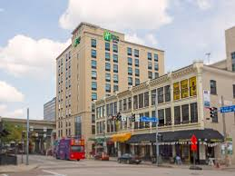 holiday inn express u0026 suites pittsburgh north shore hotel by ihg