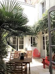 chambre dhote la rochelle bed and breakfast vue sur cour la rochelle booking com