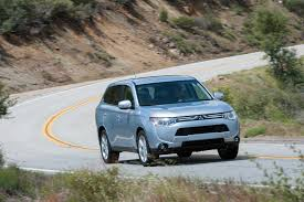 mitsubishi blue 2014 mitsubishi outlander reviews and rating motor trend