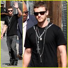 mens necklace style images Justin timberlake is nuts about necklaces justin timberlake jpg