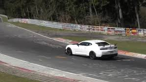 watch the 2018 camaro zl1 1le setting its u0027ring lap time