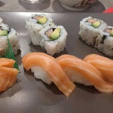 cours cuisine sushi miwa sushi 21 photos sushi bars 289 cours lafayette 6ème