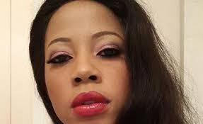 kelly khumalo s recent hairstyle kelly khumalo accused of stealing r3 500 of indian hair weaves