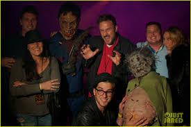halloween horror nights 2011 chad michael murray halloween horror night photo 2589441 chad