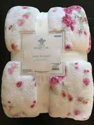 new simply shabby chic full queen blanket with satin trim pink