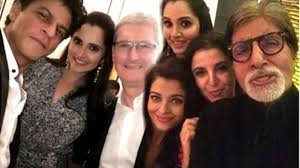 shahrukh khan u0027s grand dinner party for apple ceo tim cook at