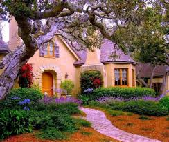 22 peaceful cottage designs that seem like taken from a fairy tale