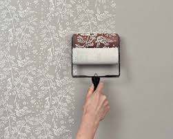 MIND BLOWN Transform Your Walls With Patterned Paint Rollers - Designer wall paint