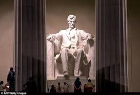 Lincoln Memorial Floor Plan Lincoln Memorial In Dc Defaced With Red Graffiti By Thugs Daily