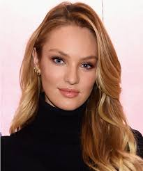 comfortable hairstyles for giving birth candice swanepoel shows off toned bikini body 3 months after giving