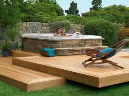Backyard Deck Pictures by Best 10 Floating Deck Plans Ideas On Pinterest Easy Deck Diy