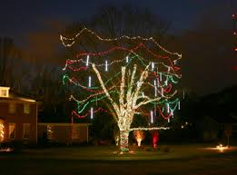 Outdoor Garland With Lights by Holiday Outdoor Lighting In Pittsburgh Pa
