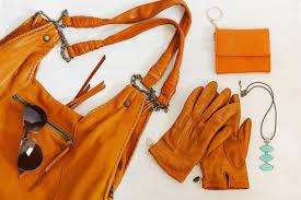 astuce pour nettoyer un canapé en cuir 6 astuces pour nettoyer et entretenir le cuir de façon naturelle