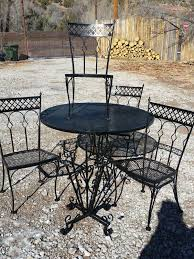 Iron Patio Table And Chairs Mid Century Woodard 1960 S Quatrefoil Design Heavy Wrought