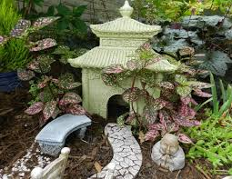 Fairy Garden Ideas by Fairy Garden Ideas For Fairytale Loving Souls Out There Thementra Com