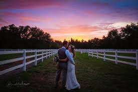Wishing Well Barn Pricing Wedding Reception Venues In Plant City Fl The Knot
