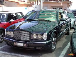 bentley red 2000 bentley arnage red label wallpaper 1024x768 29108