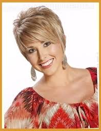 20 absolutely perfect short hairstyles for older women with