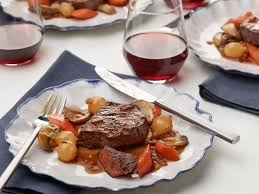 Easy Dinner Party Main Dishes - best 25 ina garten beef bourguignon ideas on pinterest beef