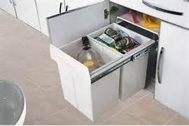mobalpa accessoires cuisine accessoires cuisine poubelle de porte cuisine mobalpa poubelle a
