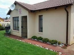 2 Bedroom Home 2 Bedroom House In Elandspoort Danville Pretoria
