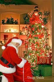 capture a photo of santa in your home design dazzle