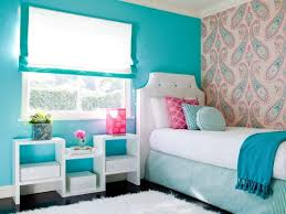 cute teenage beachy themed bedroom design painted with blue wall