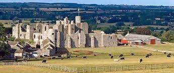 middleham castle english heritage
